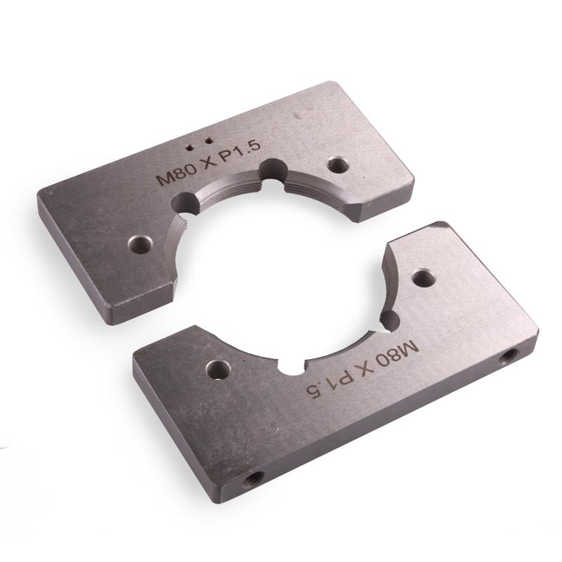 Корректор резьбы колесной оси грузового автомобиля Car-Tool CT-A1183
